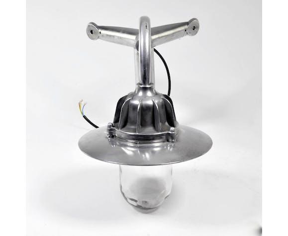 Lampe d'extérieur et d'angle en aluminium