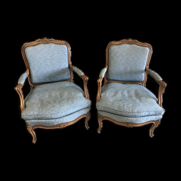 Paire de fauteuils cabriolets style Louis XV