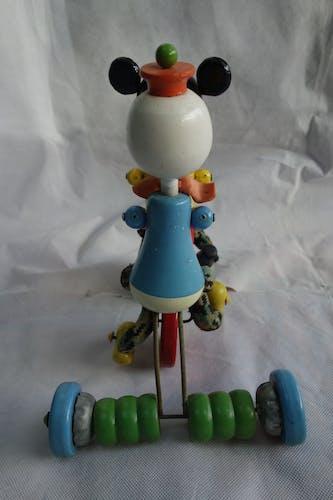 Jouet ancien à tirer Donald et Mickey