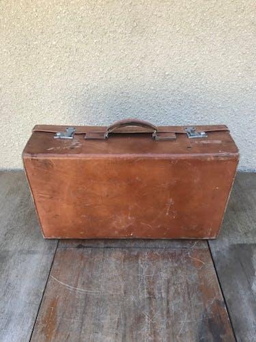 Ancienne valise malle de voyage cuir marron