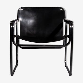 Chaise tubulaire avec assise et accoudoirs en cuir noir