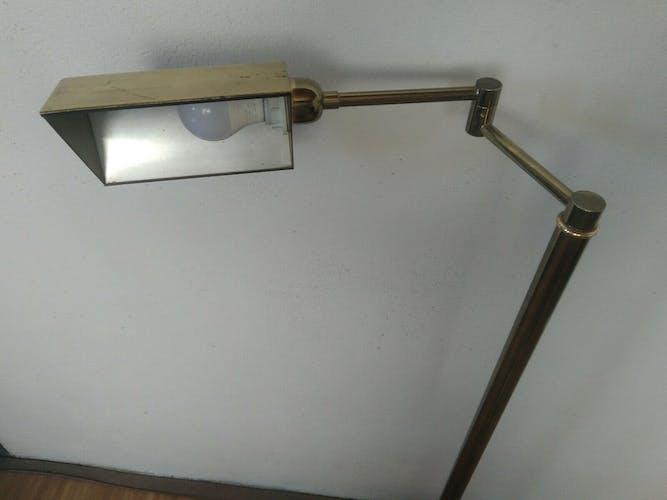 Lampadaire en laiton articulé