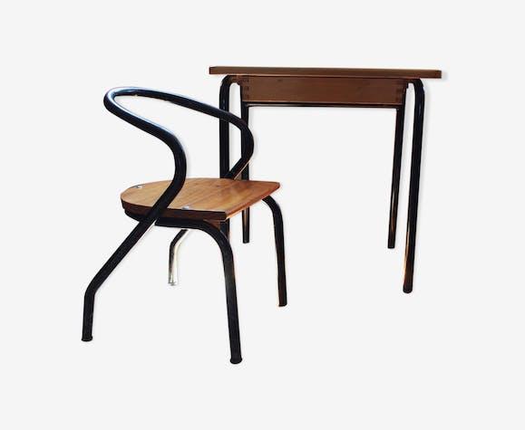 Ensemble bureau chaise enfant par Jacques Hitier
