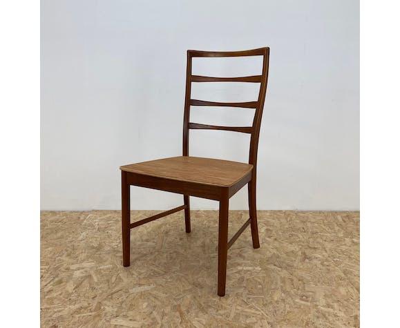 Lot de 4 chaises à manger vintage