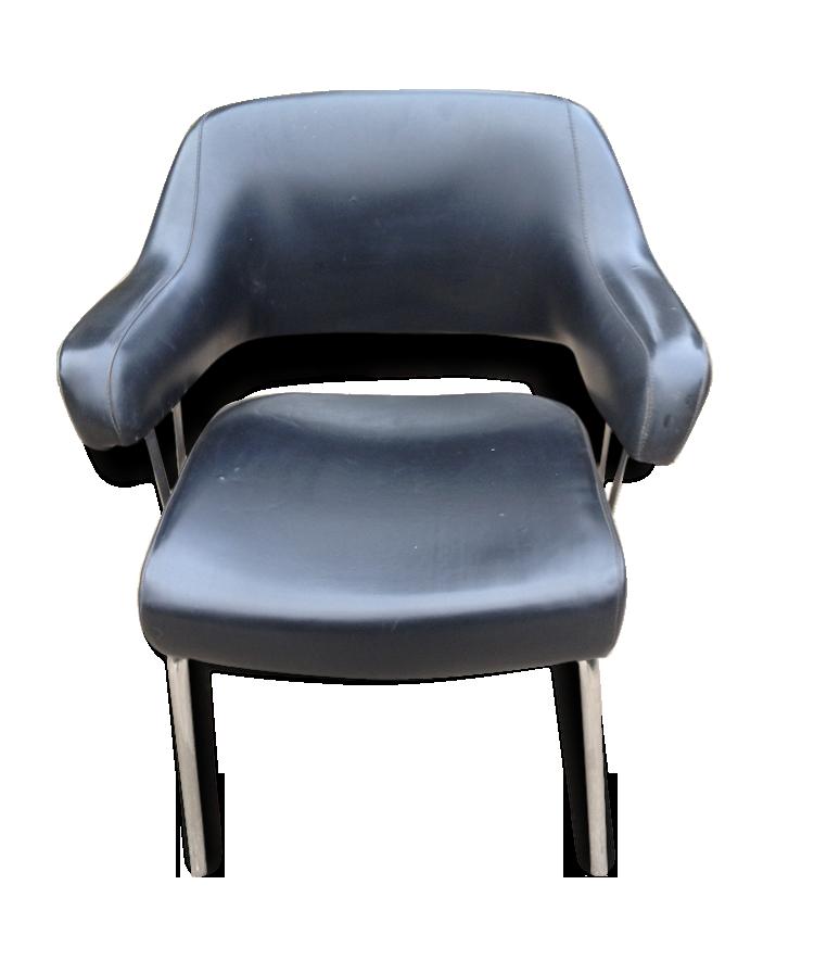Joli fauteuil de bureau années skaï noir et chrome skaï