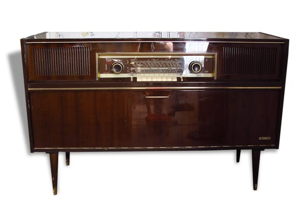 meuble radio tourne disque grundig 1965 bois mat riau bois couleur vintage 96268. Black Bedroom Furniture Sets. Home Design Ideas
