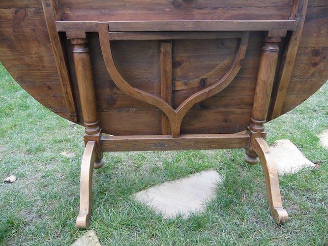Table de vigneron table ovale plateau pivotant