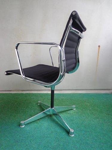 Chaise de bureau Aluminium EA 108 par Charles et Ray Eames pour Herman Miller, années 1960