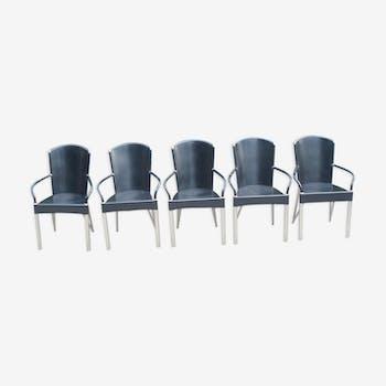 Suite de 5 fauteuils italiens en cuir et chrome des années 2000