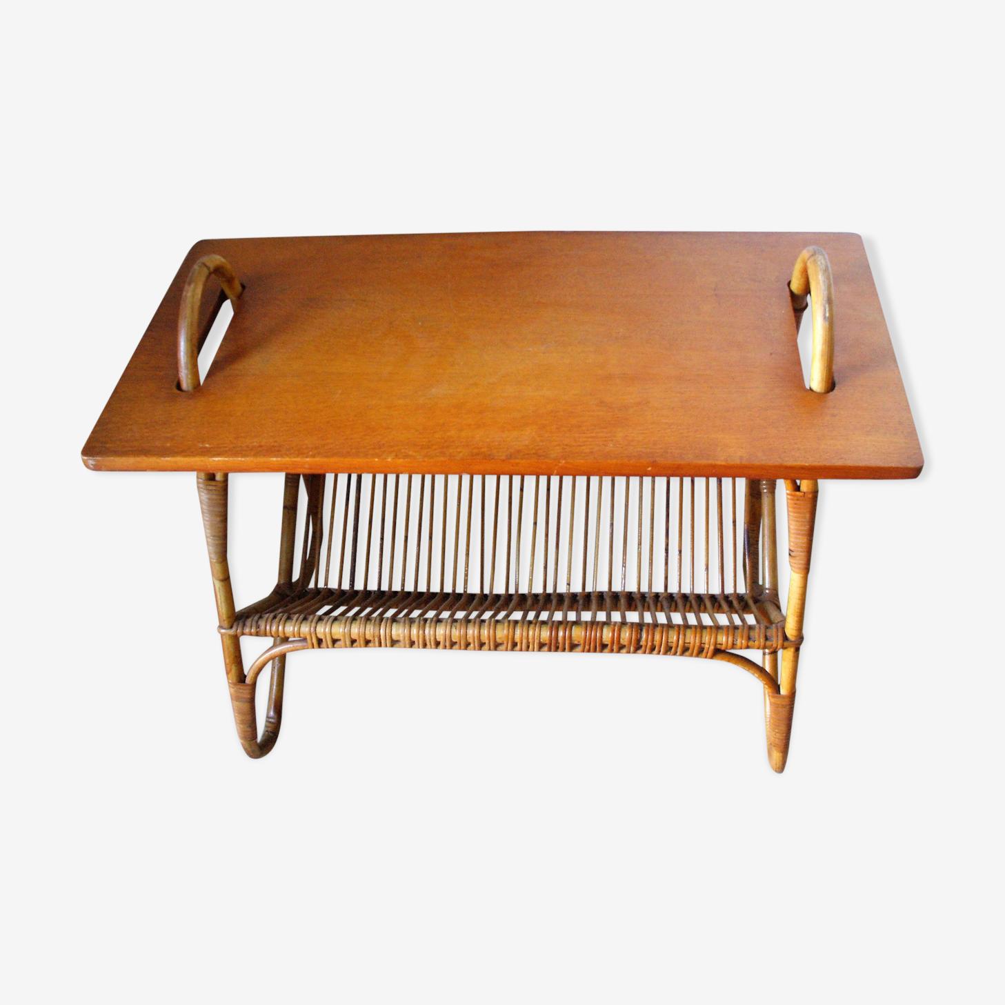 Table basse en rotin avec plateau bois