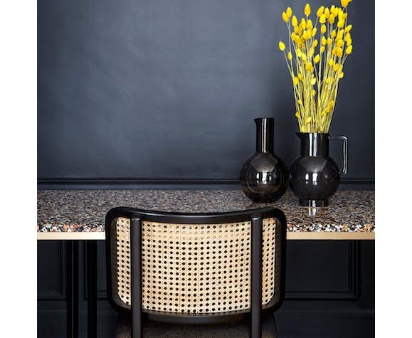 Chaise cannage bois noir tissu cuir noir avec accoudoirs