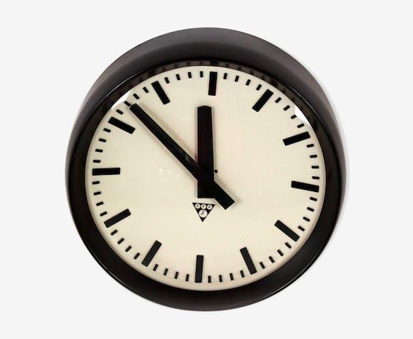 Horloge de chemin de fer de Pragotron, des années 1950