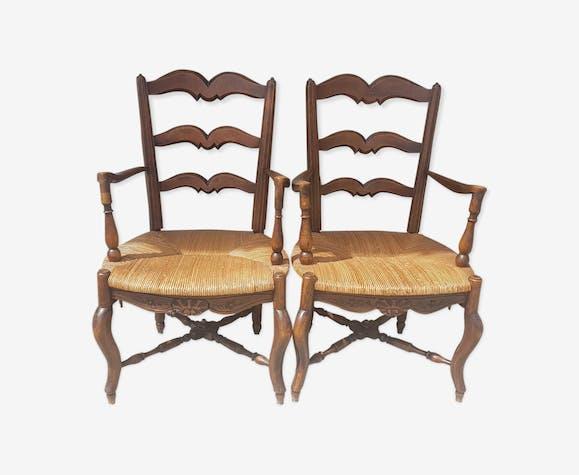 Paire de fauteuils style provençal