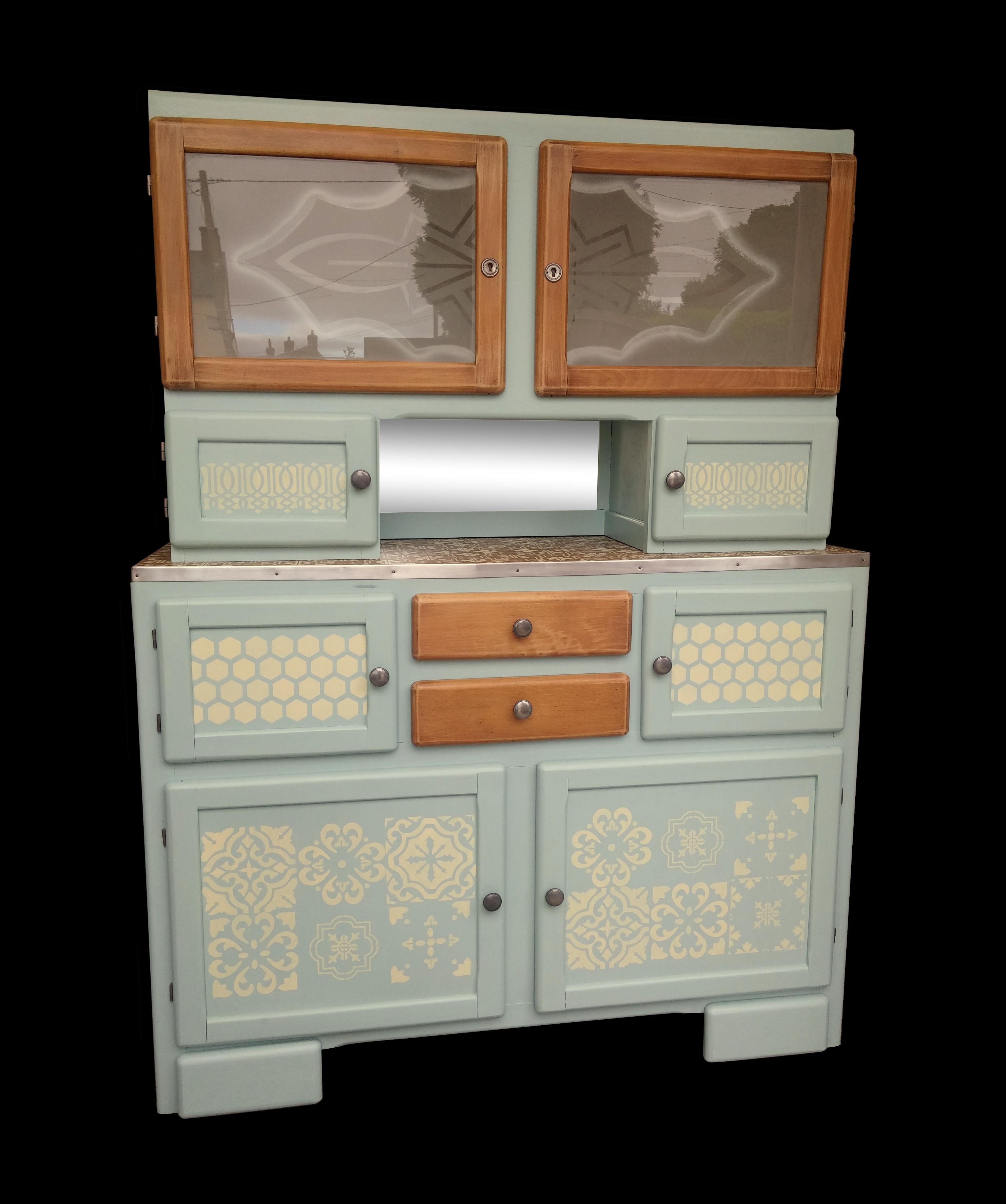 pochoir meuble bois charmant pochoir mural a peindre repeindre un meuble en bois peinture pour. Black Bedroom Furniture Sets. Home Design Ideas