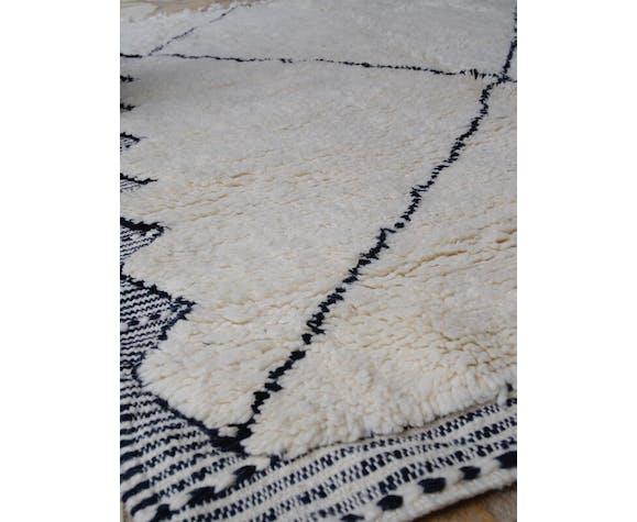 Beni Ouarain Berber carpet 217x140cm
