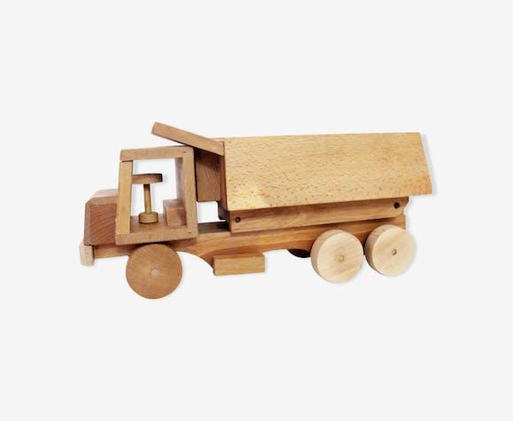 "Wooden truck ""Spielgut"""