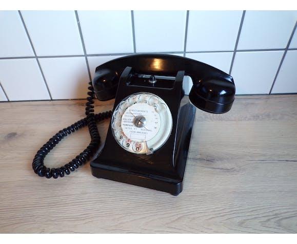 Téléphone bakélite vintage à cadran