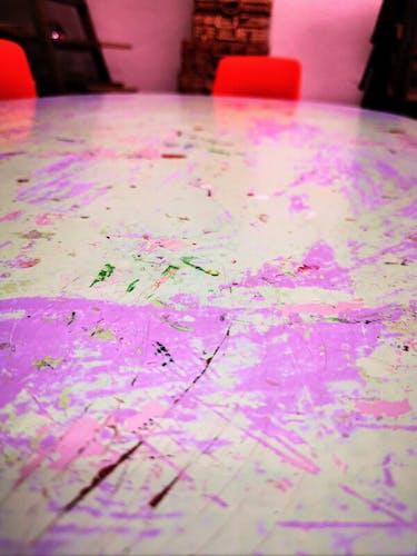 Table d'activité d'école maternelle