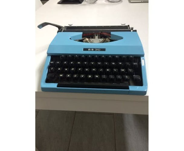 Machine à écrire BMB 30