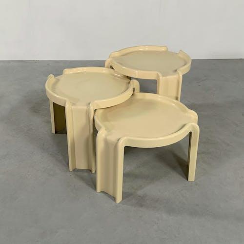 Set de tables gigognes par Giotto Stoppino pour Kartell, 1970