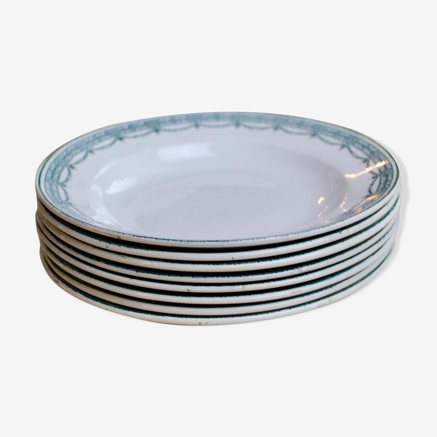 Lot 8 assiettes à soupe modèle magali manufacture de saint amand