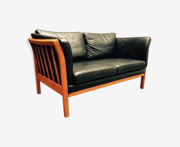 canap cuir noir 2 places style scandinave cuir noir. Black Bedroom Furniture Sets. Home Design Ideas