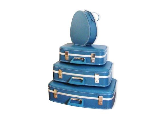 valises gigognes et vanity dites h tesse de l 39 air bleues ann es 60 plastique bleu. Black Bedroom Furniture Sets. Home Design Ideas