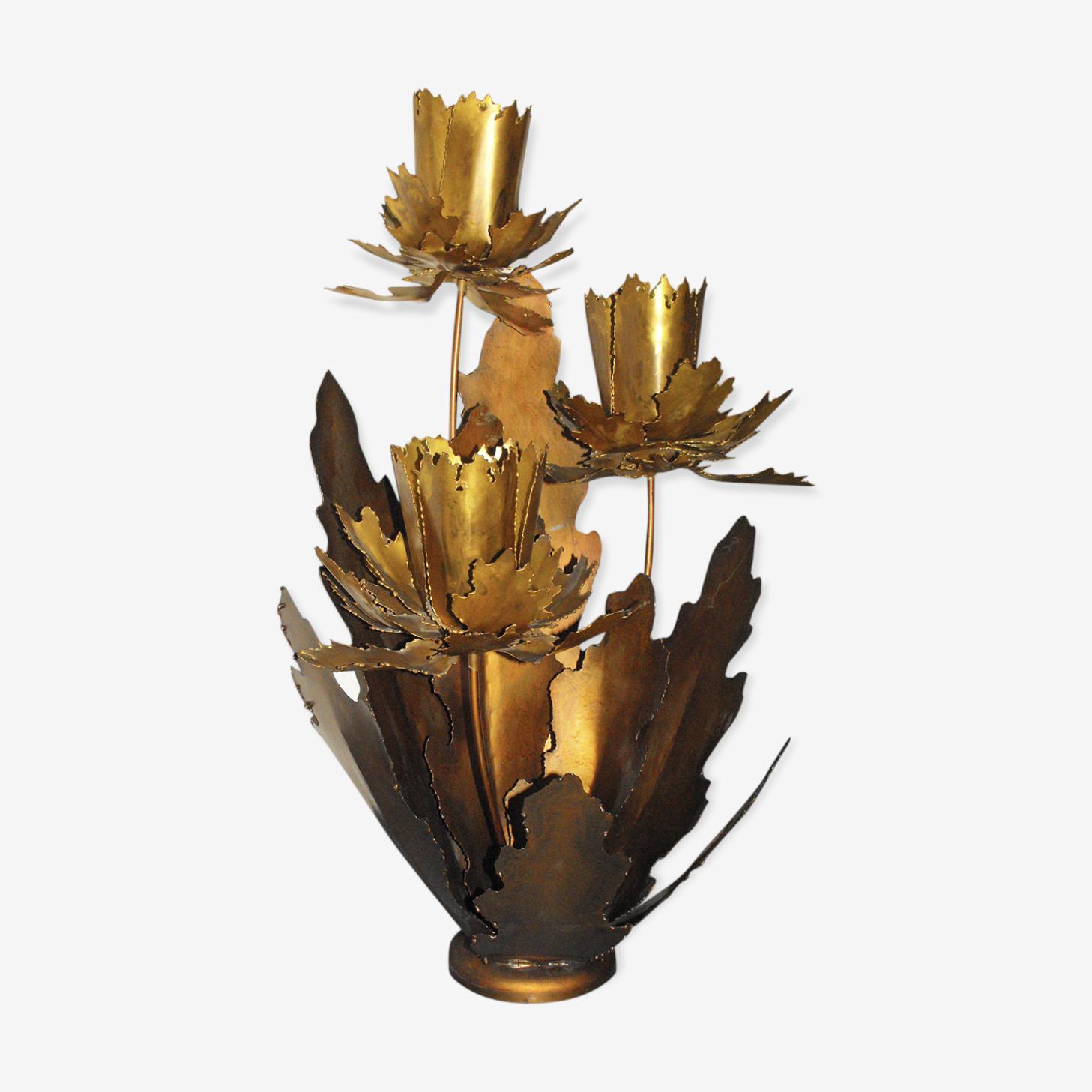 Lampe avec 3 grandes fleurs en laiton années70
