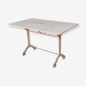 Table extérieure époque Art déco cubiste