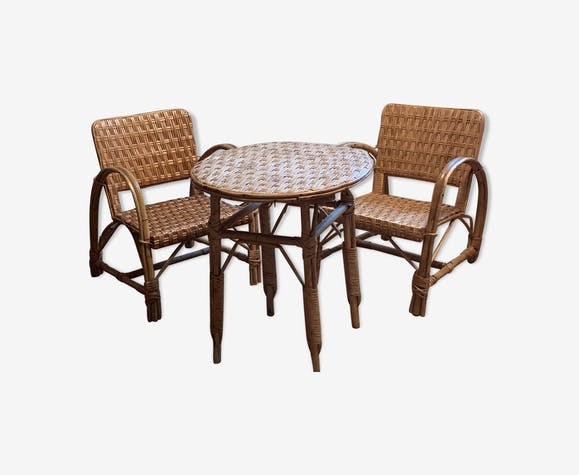 Set of two arm armchairs and table in wicker and rattan