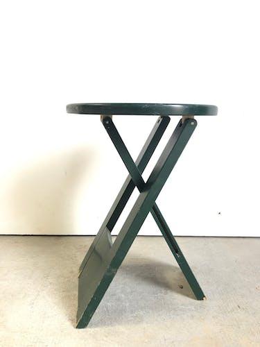 Suzy stool, design Adrian Reed
