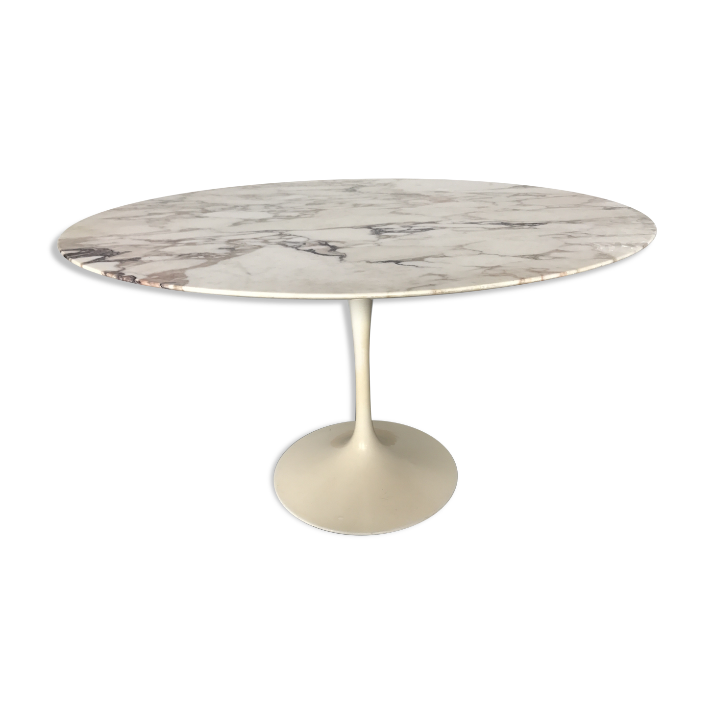 Table ovale marbre design stunning table knoll ronde for Eero saarinen table tulipe ovale en marbre
