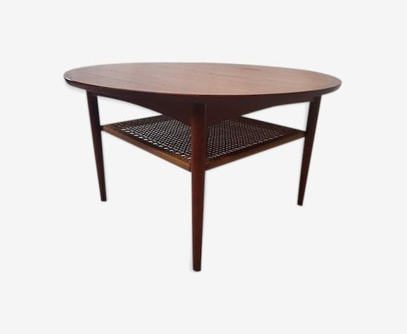 table basse en teck et cannage scandinave teck bois couleur scandinave jw3fzzp. Black Bedroom Furniture Sets. Home Design Ideas