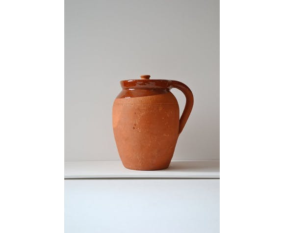 Pot terracotta with lid