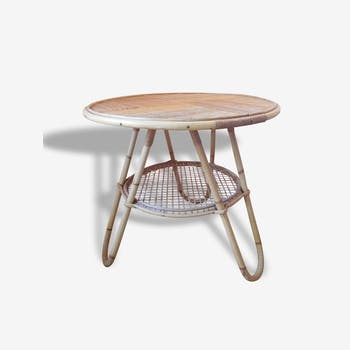 Round table rattan