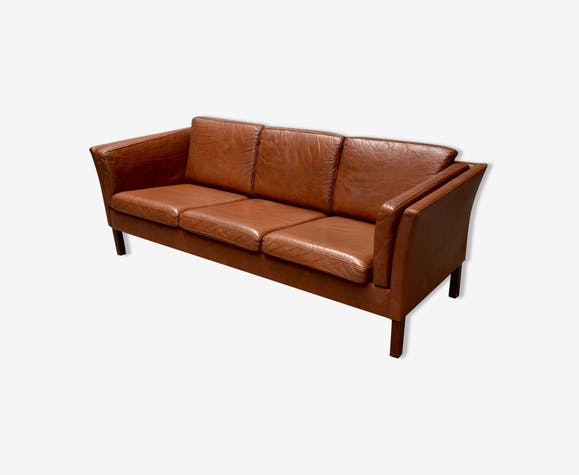 canap 3 places enti rement cuir marron design scandinave. Black Bedroom Furniture Sets. Home Design Ideas