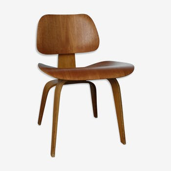 Chaise DCW acajou Charles Eames Evans Production Herman Miller