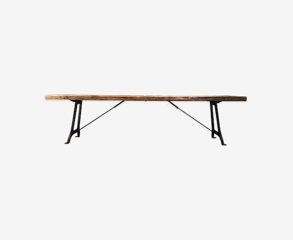 Table industrielle avec piètement en fonte