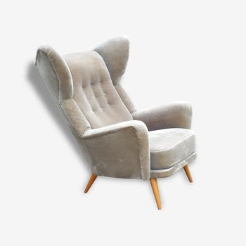 Exceptional Chair has ears Wingback chair years 50