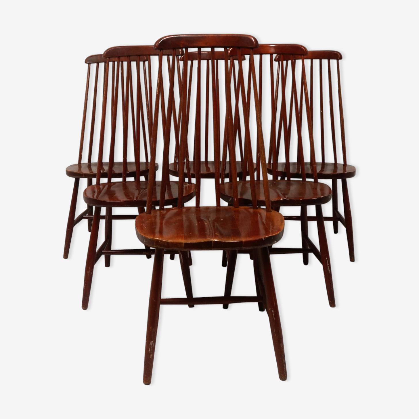 Série de six chaises à haut dossiers