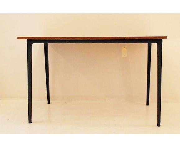 Table Friso Kramer
