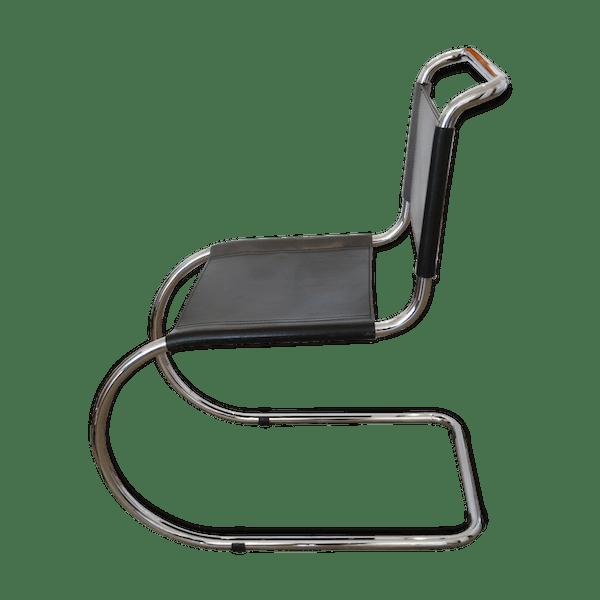 Chaise Luge Vintage MR10 Par Ludwig Mies Van Der Rohe Pour Thonet