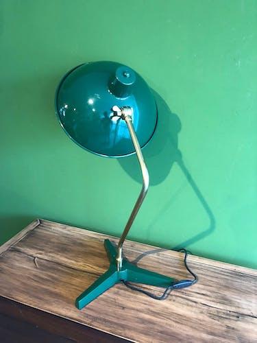 Lampe verte industrielle