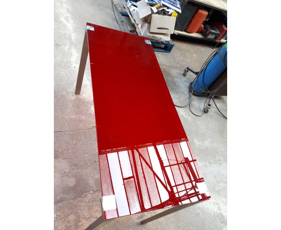 Tables en verre rouge par Jean Nouvel pour Cassina