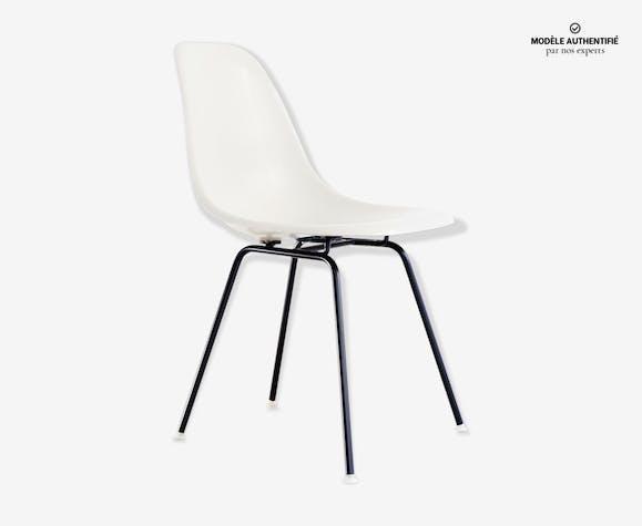Chaise DSX par Charles Eames édition Herman Miller