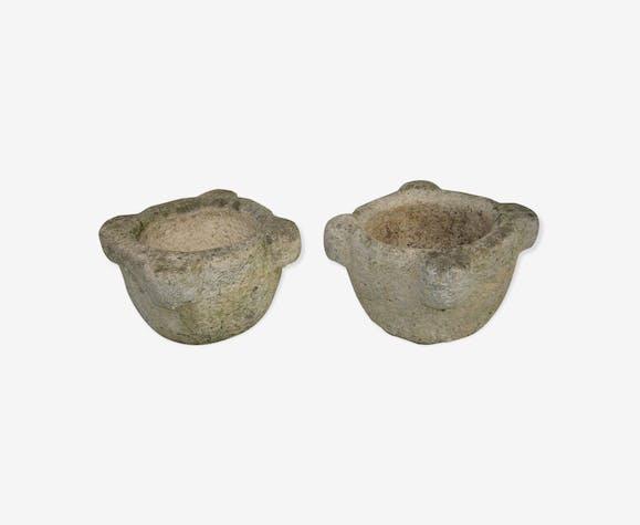 Vasques à fleurs en pierre forme de mortier