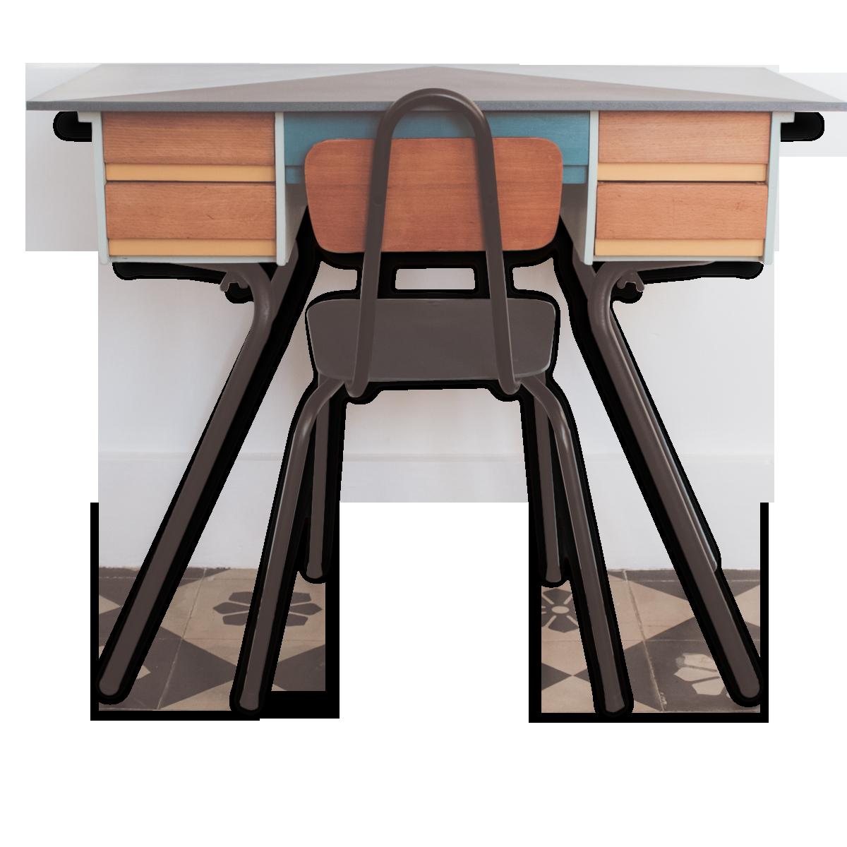 Bureau pour enfant et petite chaise revisités bois matériau