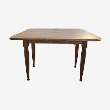 Table de ferme carrée en chêne