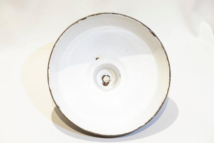 Abat-jour industriel en métal émaillé
