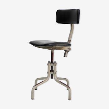 chaise mullca 510 pieds fuseaux m tal gris industriel lxda5kv. Black Bedroom Furniture Sets. Home Design Ideas